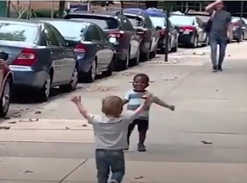 Los-niños-y-el-racismo-es-un-faro-de-esperanza.